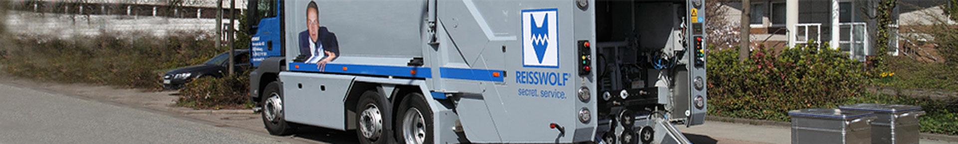 A Reisswolf Budapest kft. begyüjtő kocsija